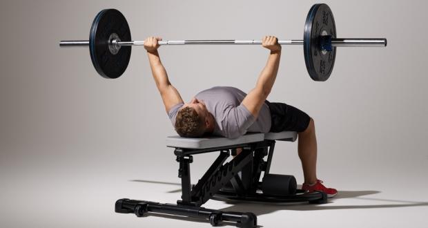 shoulder pain during bench press