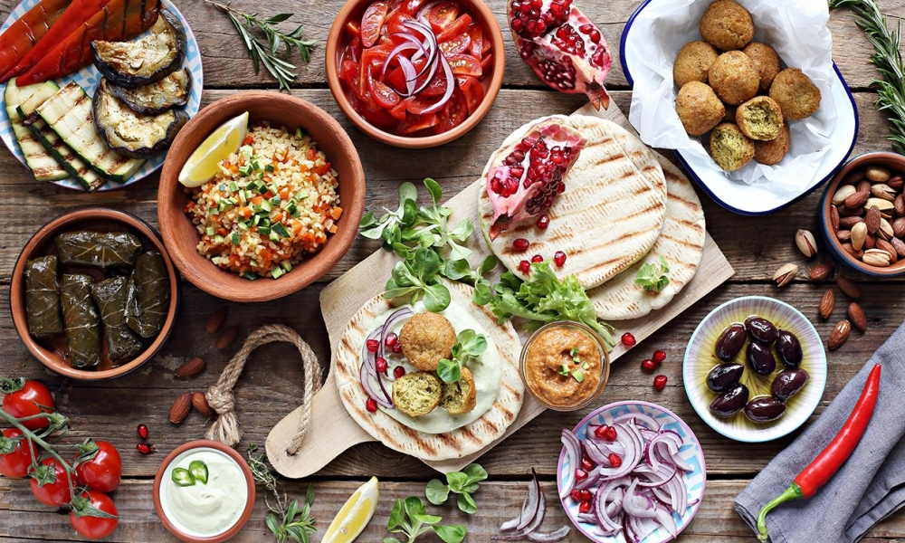 Mediterranean Diet vs Keto for Weight Loss: Which is Better?