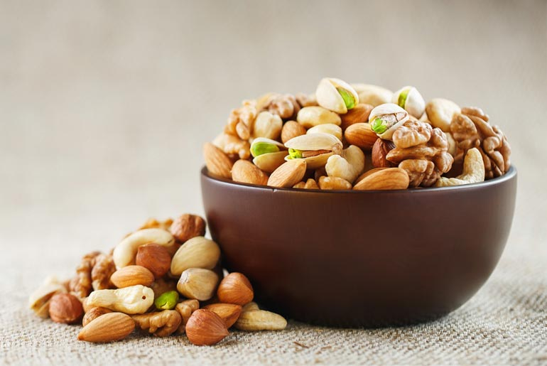 12 Best Dry Fruits for Weight Loss