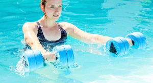 15 Fat Burning Pool Exercises For Weight Loss