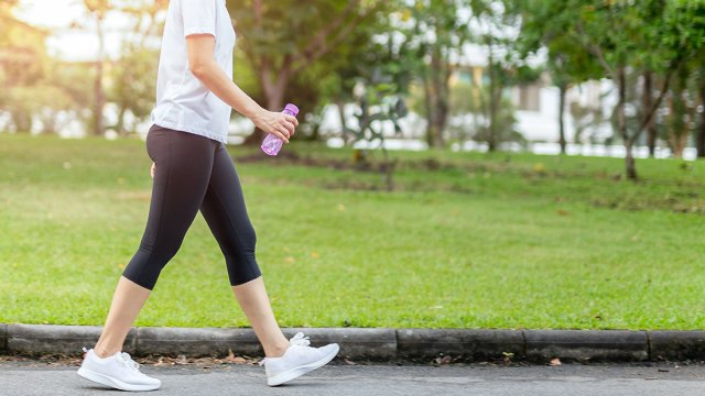 12 Life-Changing Benefits of Walking 10 Miles A Day